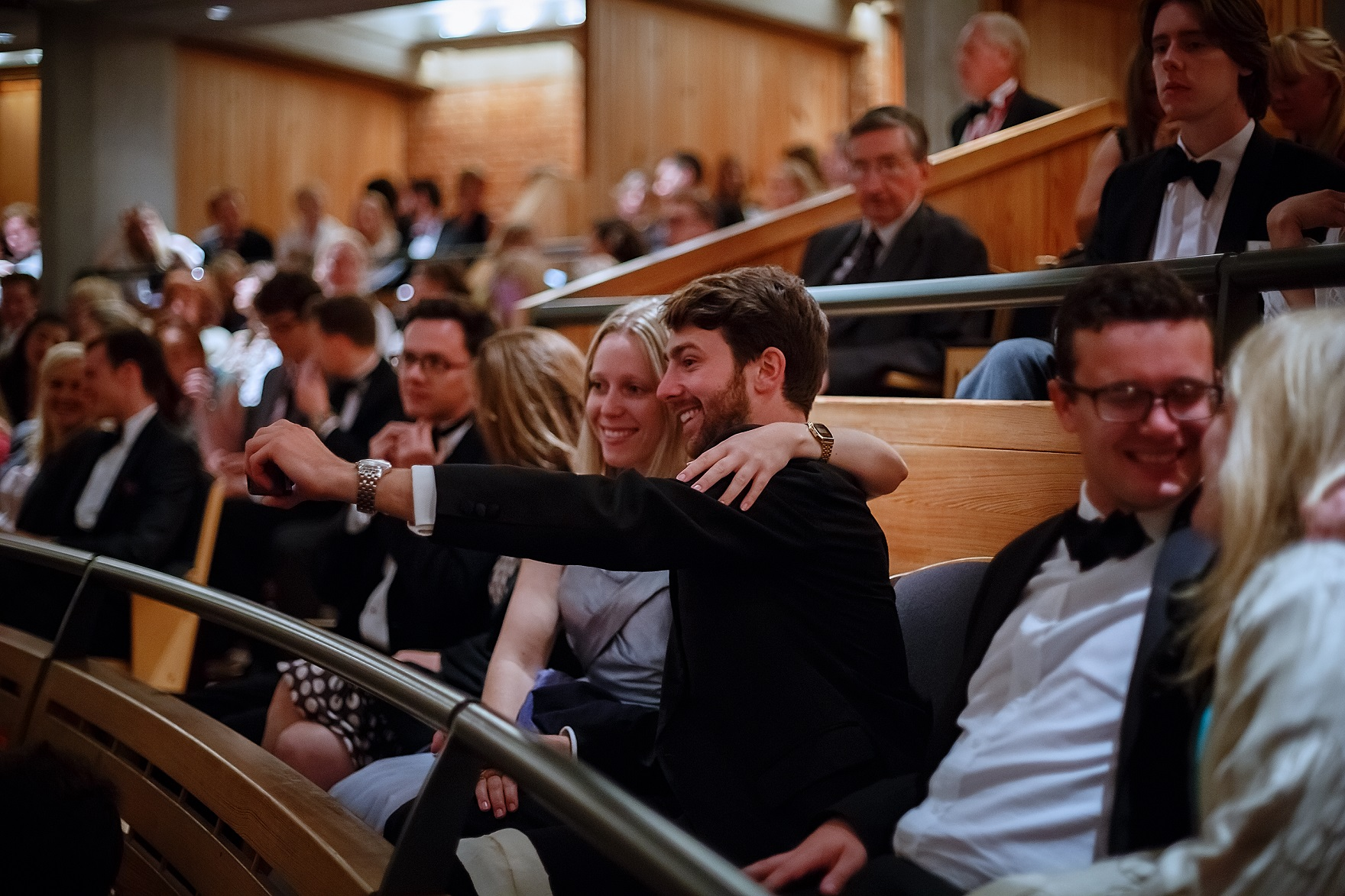Glyndebourne-Festival-audience-in-the-auditorium_photographer-James-Bellorini